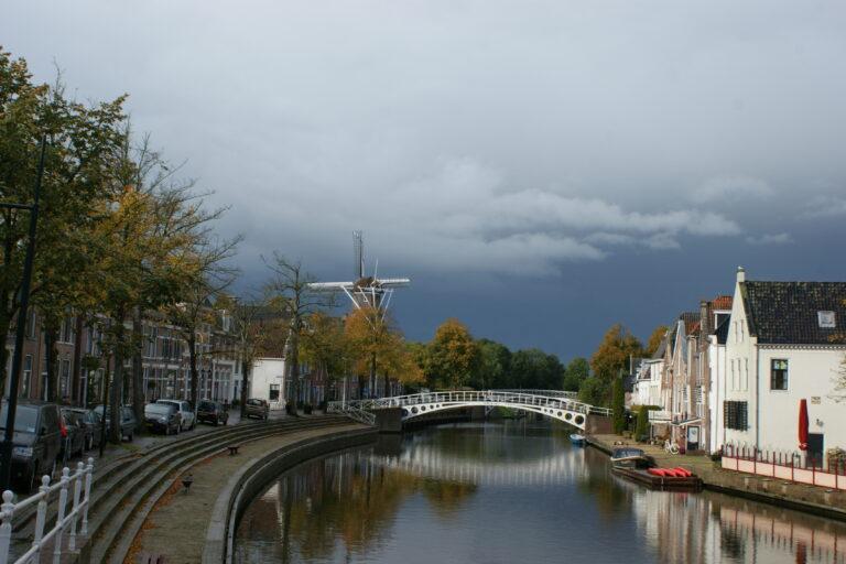 Heb jij ook een bijzondere foto gemaakt, die de prachtige Friese natuur mooi naar voren laat komen? Mail die dan snel naar redactie@friesland-post.nl. Formaat 13×18 (300 dpi), o.v.v. naam en adres en waar en wanneer de foto is gemaakt.
