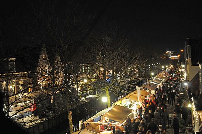 De kerst nadert en dit weekend vinden de eerste kerstmarkten plaats. Friesland Post zet vijf populaire kerstmarkten op een rij. Het complete overzicht vind je in ons tijdschrift.